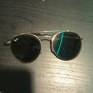 Ray Ban (Frame with one arm)